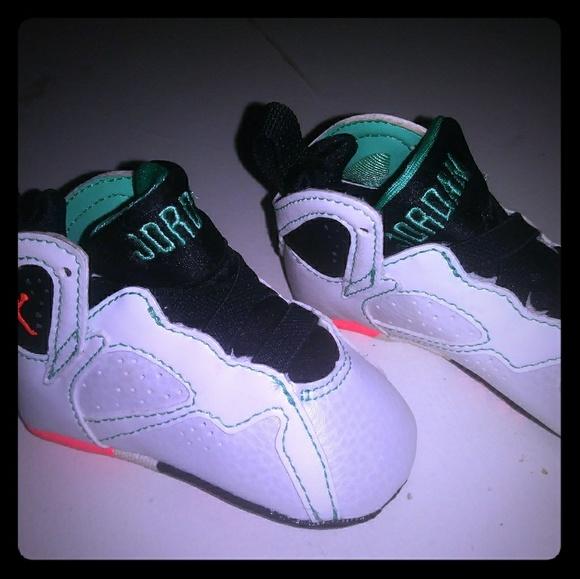 best sneakers d48ed 952c1 Nike Air Jordan Retro 7 Baby Sz 2c White
